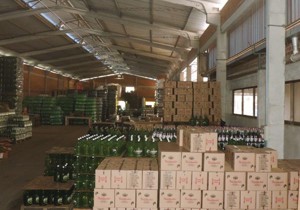 Vinícola-Grutinha-Indústria-Estoque